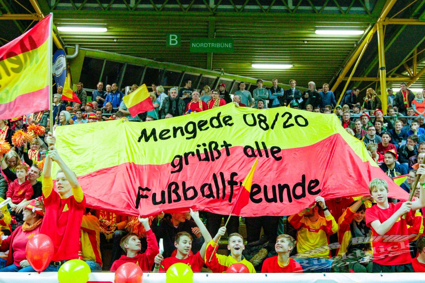 Ehrenamt-126